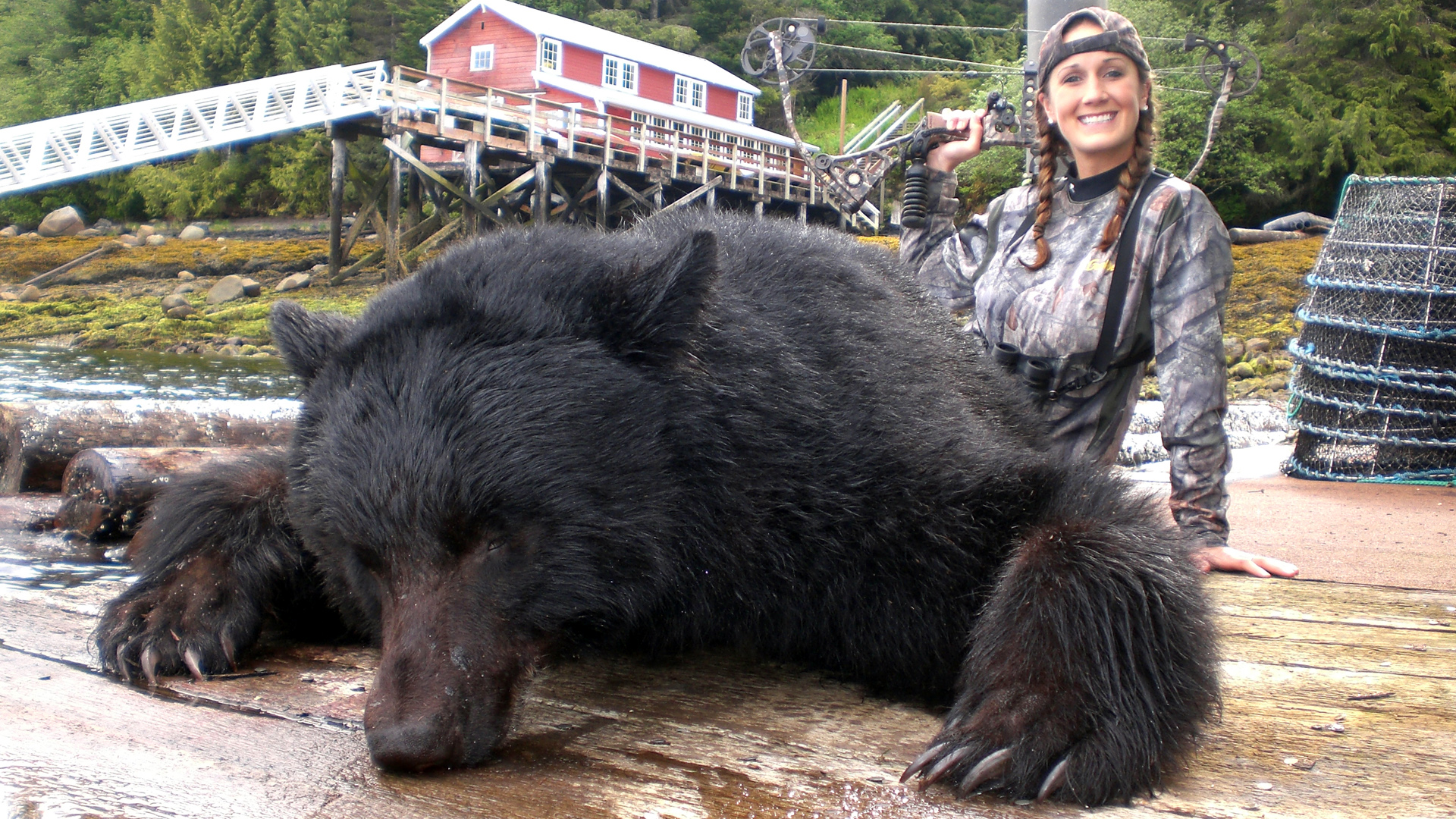 Predator Calling Giant Black Bears